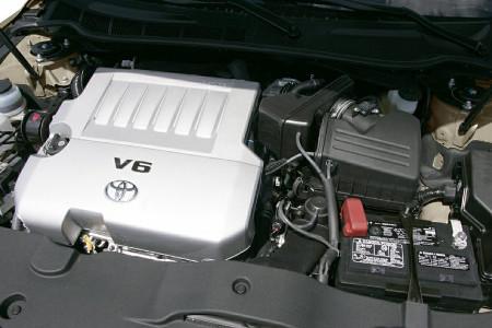 مشخصات فنی تویوتا کمری - XV40