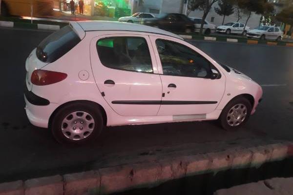خرید خودرو پژو 206 تیپ 5 - 1393
